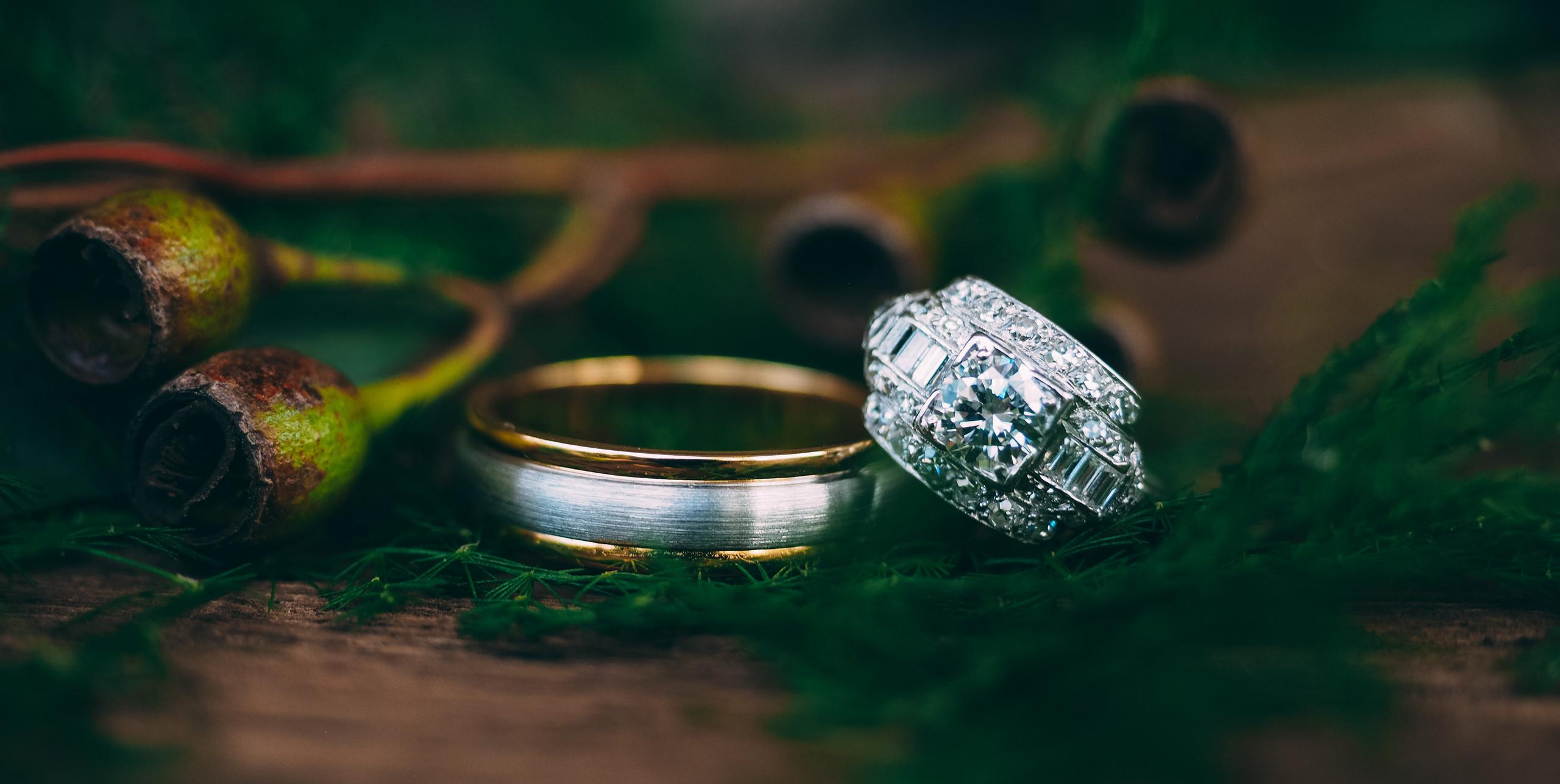 Wedding Jewellery \\ Fine Line Photography