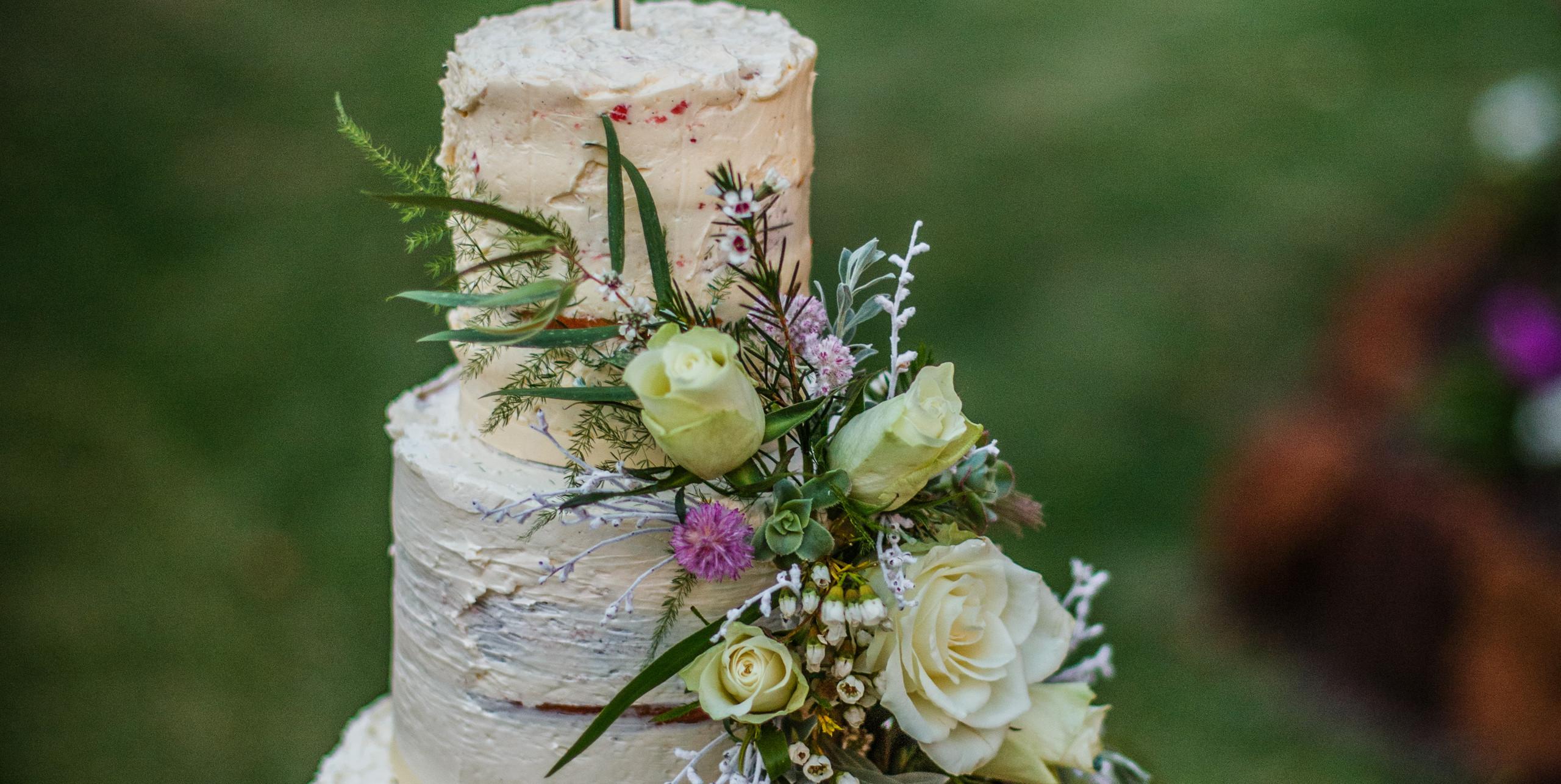 Rustic Wedding Cake \\ Fine Line Photography