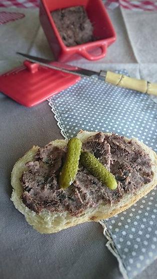 pâté-vegan-champignons-azukis-oignons-purée-amande-noix-olives