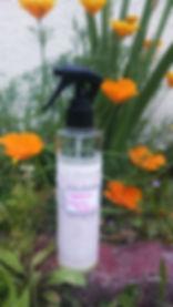 pretty-little-kitchen-spray-synergie-anti-fourmis-huile-essentielle-compagnie-des-sens-lavande-citronnelle-basilic-menthe