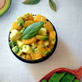 Tartare mangue, avocat, mozzarella
