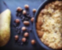 pretty-little-kitchen-gateau-crumble-cake-poire-chocolat-noisette