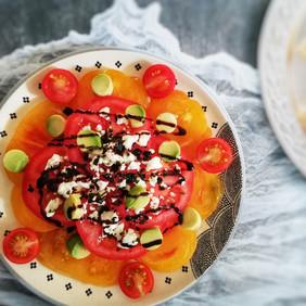 Salade de tomates & avocat
