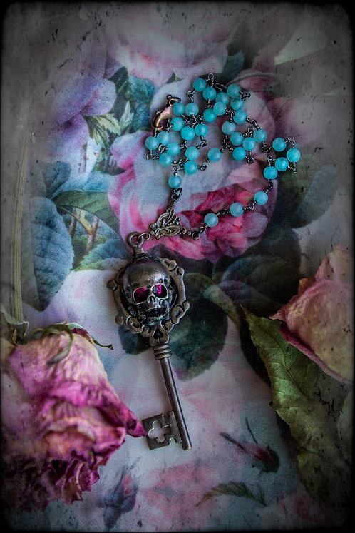 "The ""Garden Skeleton Key"" Choker"