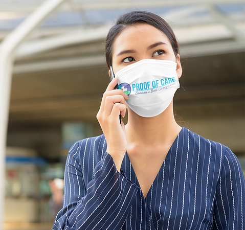 face-mask-mockup-featuring-a-serious-wom