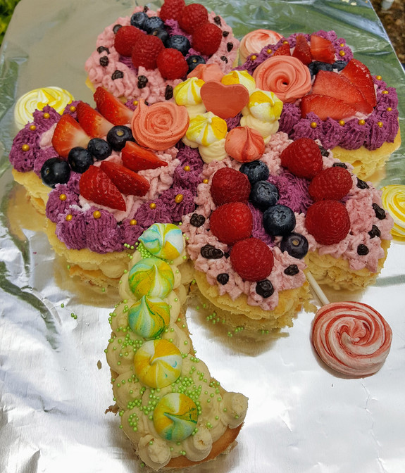 Flower cake made of mousse of strawberry, raspberry, blueberry,  vanilla mousseline, fruits, meringues (10/12 persons = starting $79)