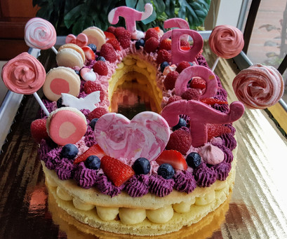 Number cake 0 made of mousse of strawberry, raspberry, blueberry, vanilla curd, fondant, fresh fruits, pink meringues (15/18 persons = starting $79)