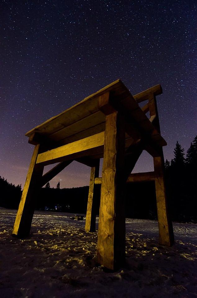 Obří židle