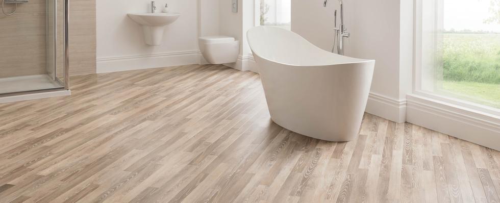 RP98 Limed Linen Oak Bathroom LS1 CM.jpg