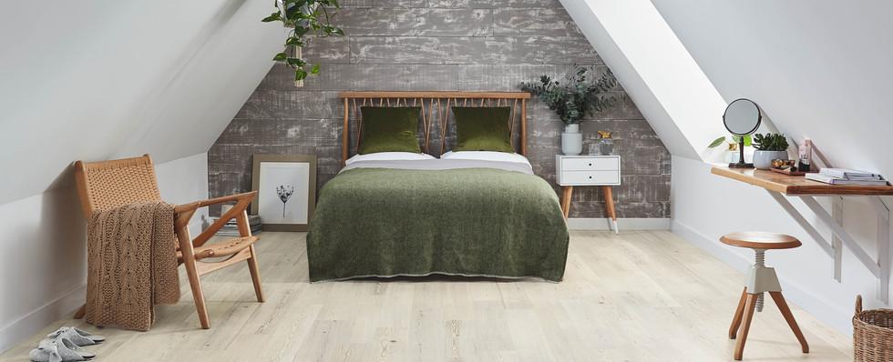 KP131 Grey Scandi Pine Bedroom P1_CM.jpg