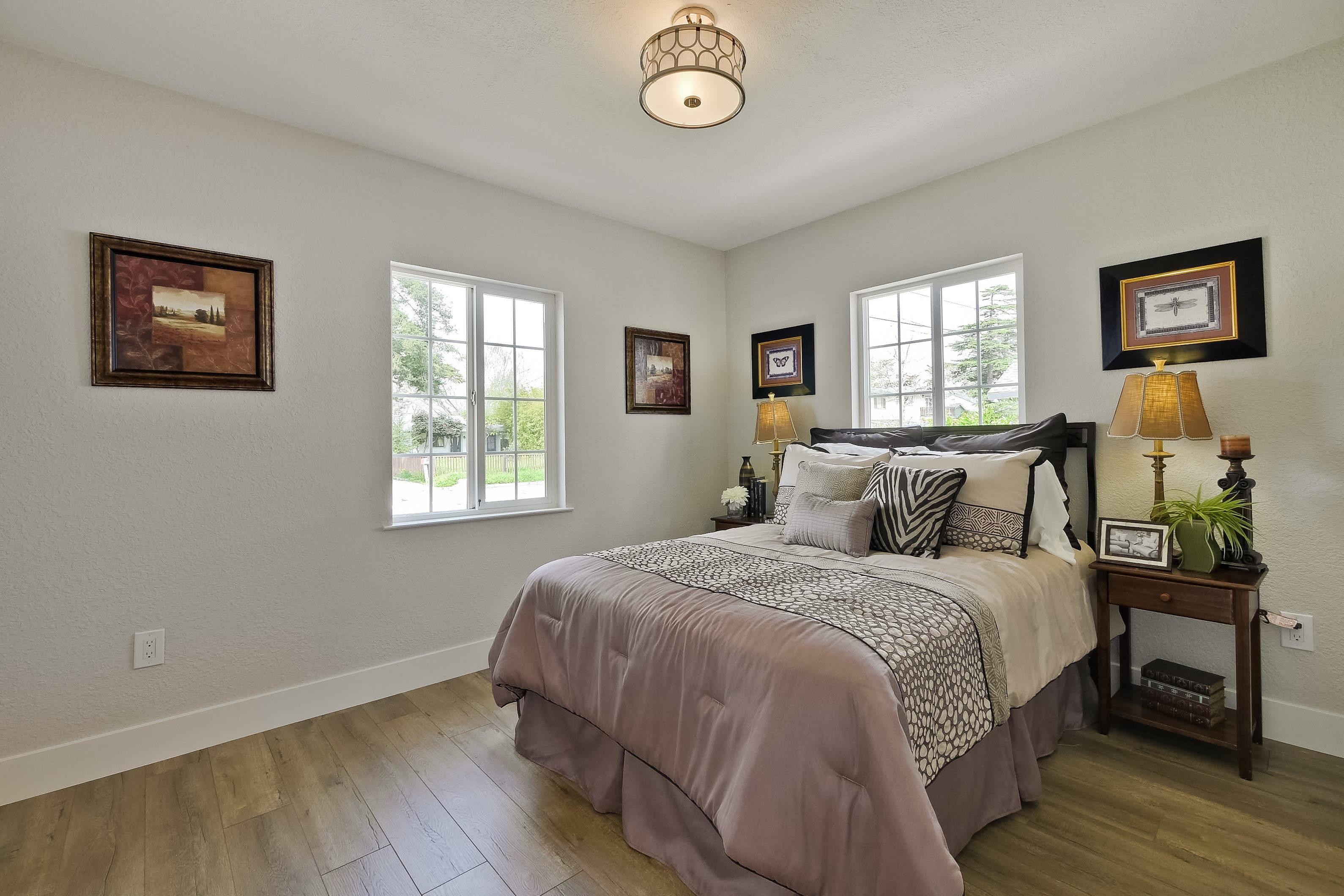 220 Seaside Street-028-39-Bedroom