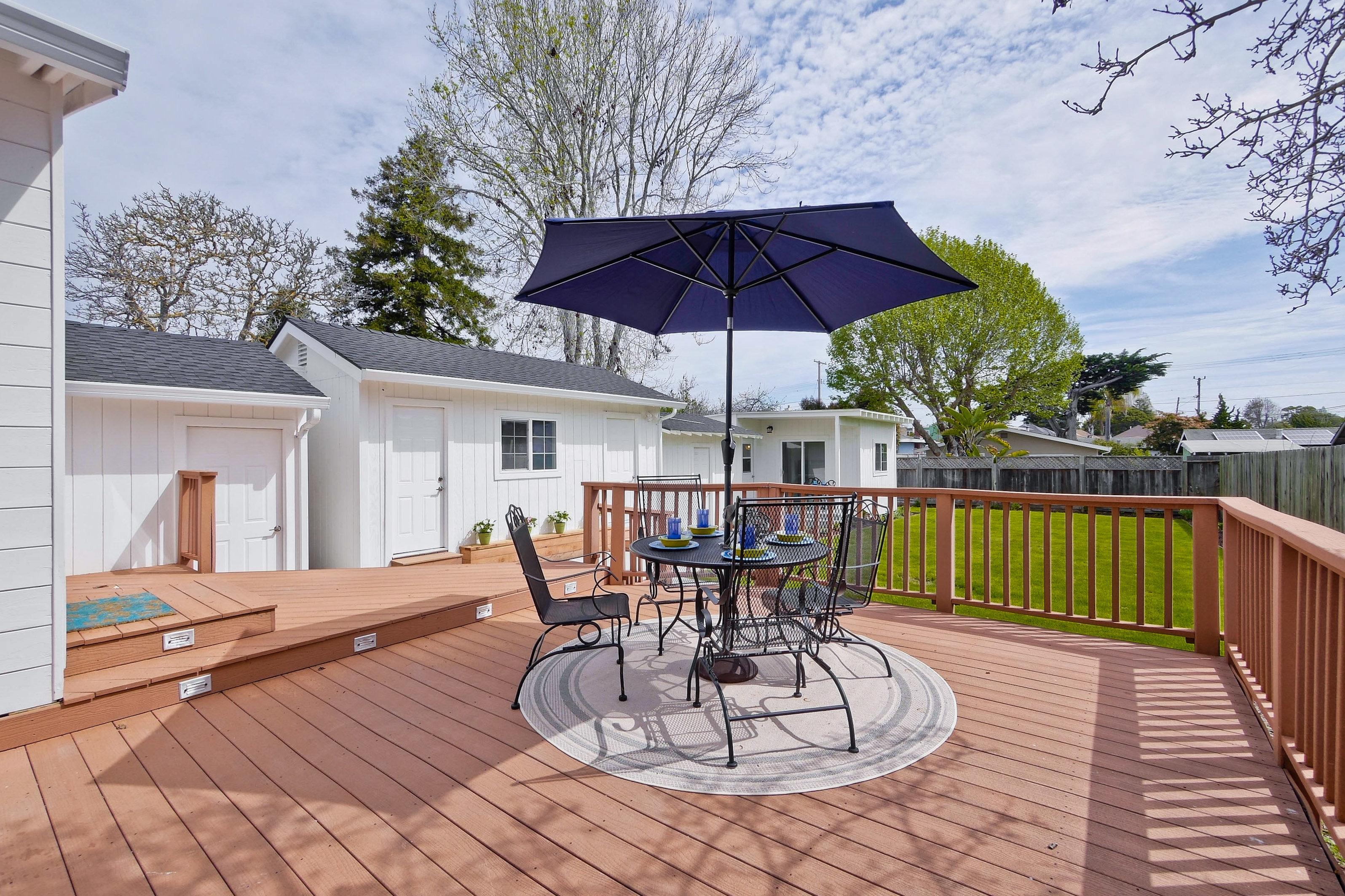 220 Seaside Street-039-57-Backyard
