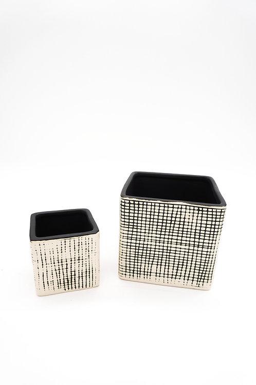 Checkered Cube Plant Box