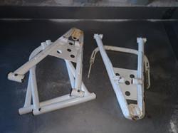 Bras de suspension quad. Avant décapage.