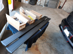 Installation marche pieds électrique Dodge RAM 1500, 4x4, pick-up.