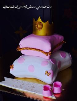 Baby Shower Custom Cake