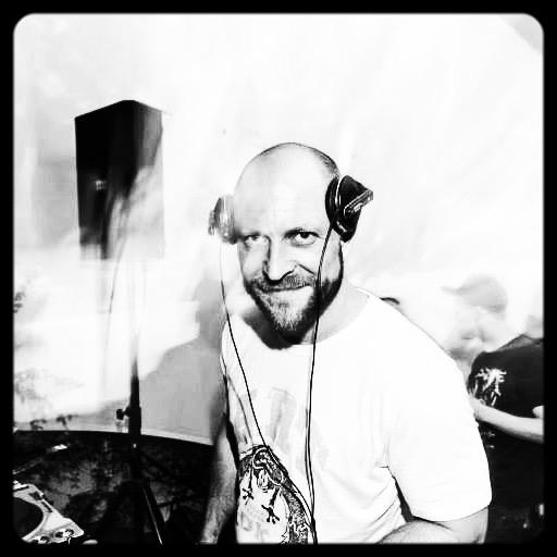 DJ LUKE JAMES TAYLOR
