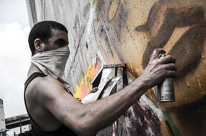 STREET & CANVAS ARTIST