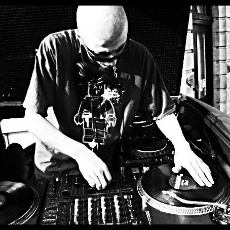 DJ QUIGZ