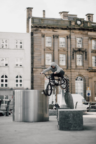 Rob Annis | Ledge gap to toothpick