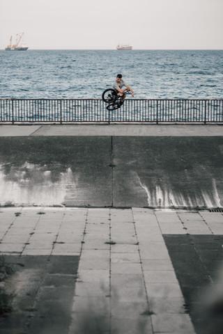 Jonny Dobson | Bump jump table