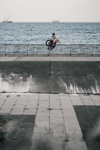 Jonny Dobson   Bump jump table