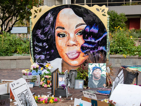 Breonna Taylor shot 8 times by police in her apartment