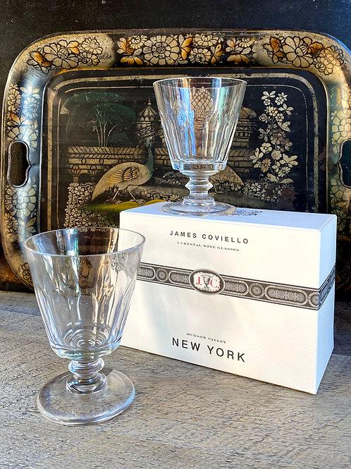 A SET OF 2 CRYSTAL WINE GLASSES