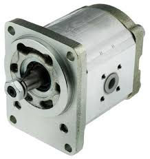 hydr pumps.jpg