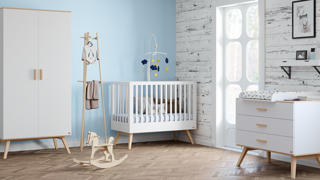 Babykamer:  bed + kast + commode