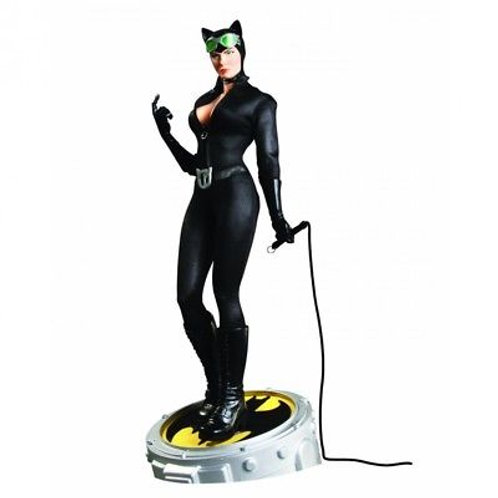 Catwoman 1:4 Scale Museum Quality Statue