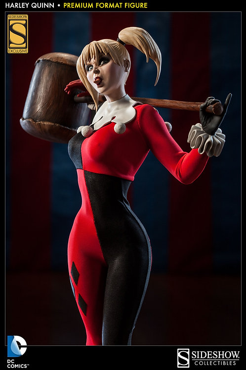 Harley Quinn Premium Format Sideshow Exclusive Statue