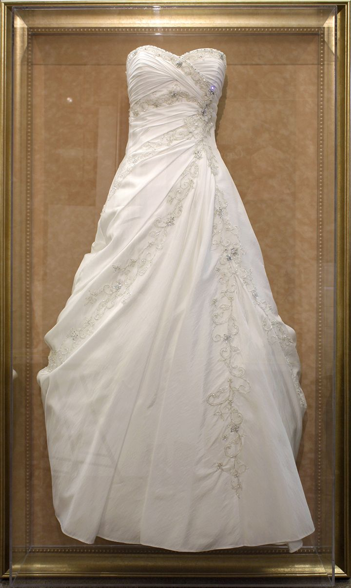 wow wedding dress.jpg