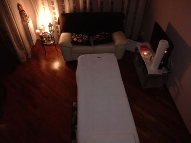 foto lettino con candele 2.jpg