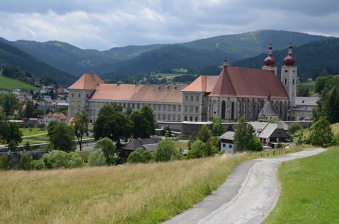 Kloster vom Rundwanderweg