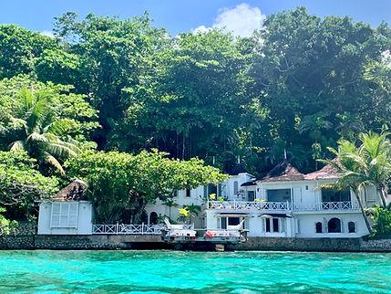 Seaside, seafront villa vacation house Crystal Cove, in San San, Port Antonio, Jamaica