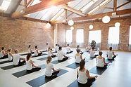 Yoga les, groepslessen yoga, groepslessen ademen, adem en ontspanning