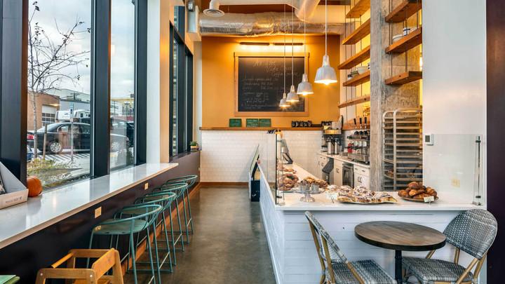 Modular Café Inside