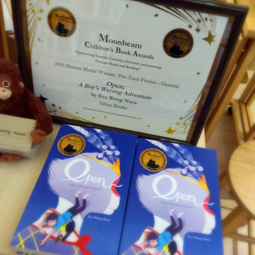 """The Golden Rules to Writing for Children-by Ethos Books. Join Moonbeam Children's Book Award-winning authors Eva Wong Nava and Chan Wei Teng, as they discuss the conceptualisation of their protagonist's voice in """"Open: A Boy's Wayang Adventure"""" and """"Murphy, See How You Shine!"""", and everything they learnt along their writing journey on writing for children."""