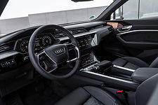 2020-Audi-e-tron-Sportback-interior.jpg