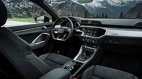 Audi Q3 45 TSFI ePHEV#3 cockpit.jpg