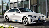 BMW i4 oblique LOW.jpeg
