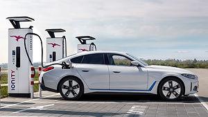 BMW i4 charging.jpg