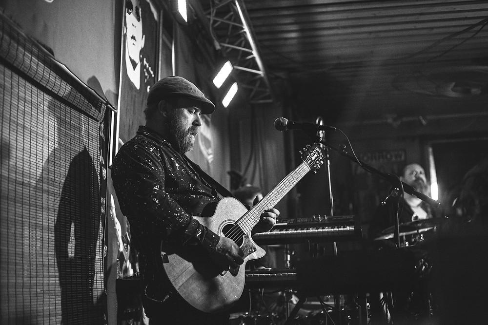 Altti Uhlenius from Drink Floyd live at Pub Grönan, Hanko