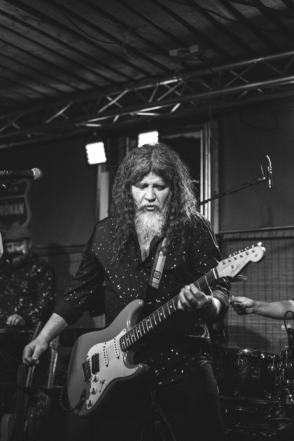 Bryn Jones from Drink Floyd live at Pub Grönan, Hanko