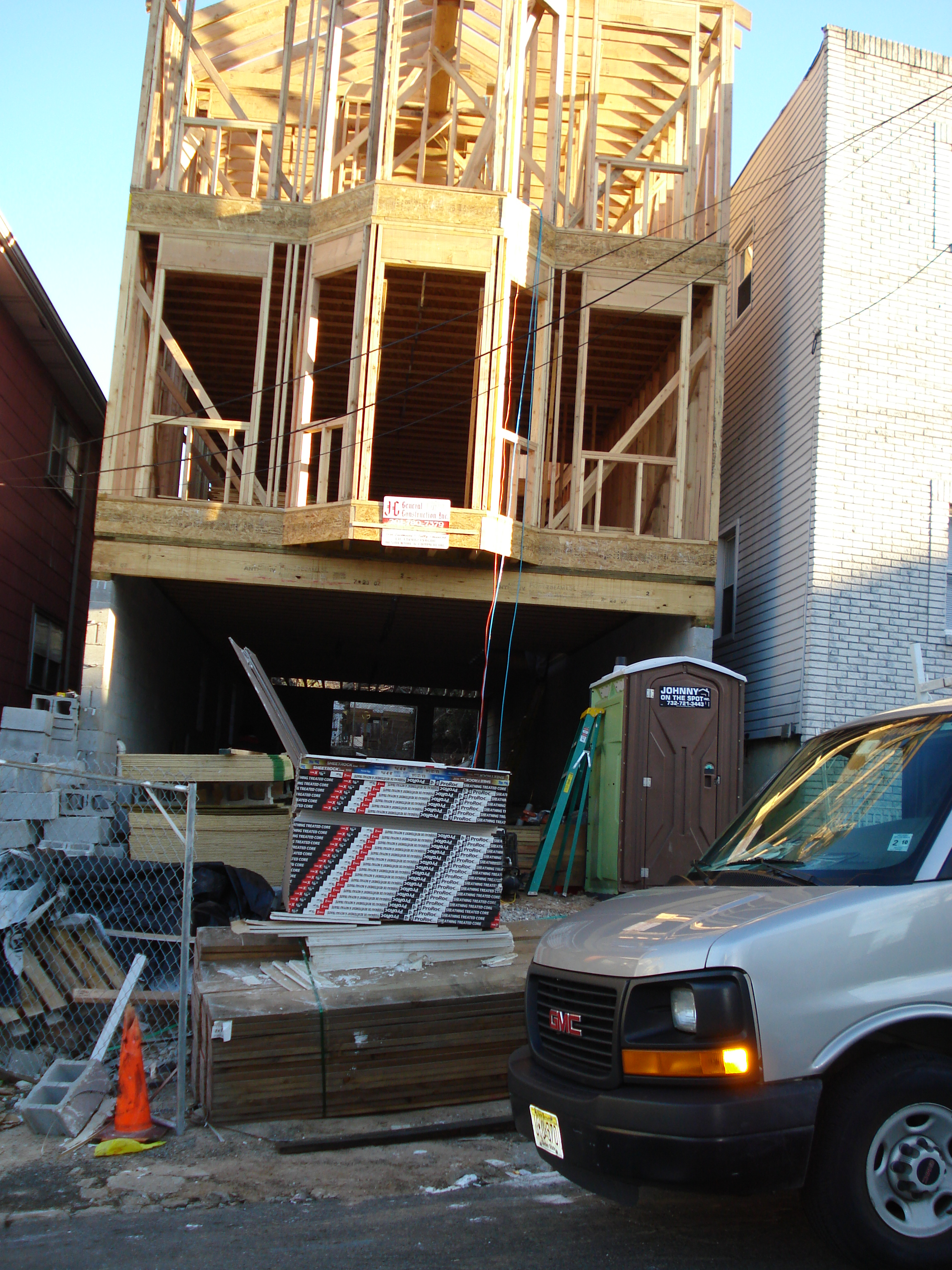 New Construction of Custom 1 Family House Zabrisky St, Jersey City