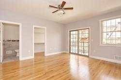 80 Lincoln St Jersey City NJ-large-011-13-Master Bedroom-1500x1000-72dpi