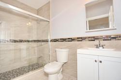 80 Lincoln St Jersey City NJ-large-042-47-Master Bath-1500x1000-72dpi