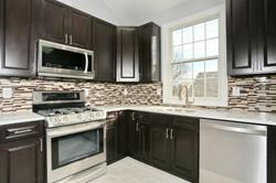 80 Lincoln St Jersey City NJ-large-034-46-Kitchen-1500x1000-72dpi