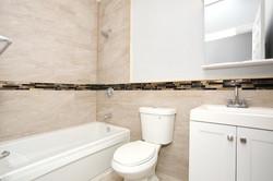 80 Lincoln St Jersey City NJ-large-021-21-Bathroom-1500x1000-72dpi